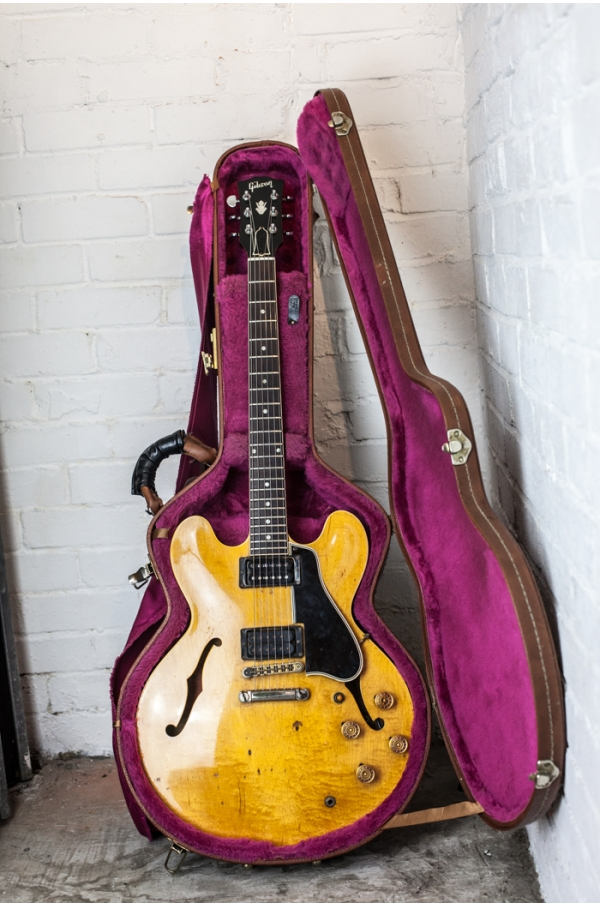 Nice, huh. '59 ES-335TDN. Got some issues for sure but it's got some vibe too. And some history, provenance and context.